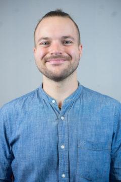 Erik Lindberg  <br /> Ungdoms-och musikpastor